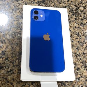 iPhone 12 Factory Unlocked With Warranty for Sale in Lynnwood, WA