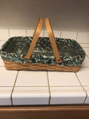 Longaberger 2001 Medium Gathering Basket with Qty 2 Liners , American Holly and Fruit Medley and One Protective Liner for Sale in Fremont, CA