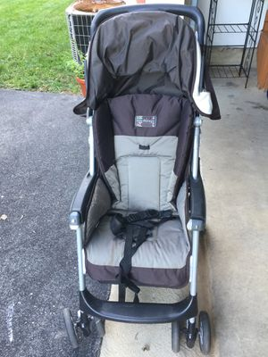 Stroller light weight in good condition. for Sale in Clarksville, MD