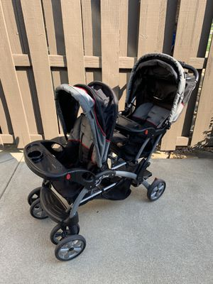 Sit n stand double stroller for Sale in Olmsted Falls, OH