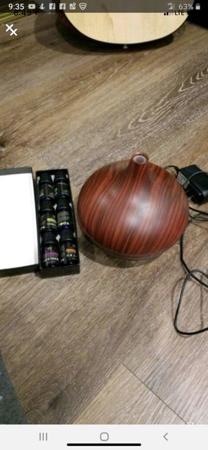 Scent humidifier with FREE essential oils for Sale in Los Angeles, CA