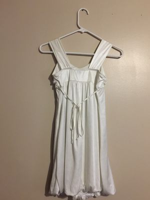 White satin dress for Sale in Dillonvale, OH