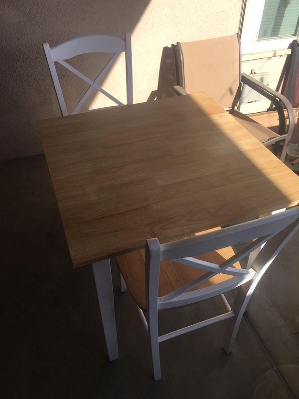 Kitchen Nook table
