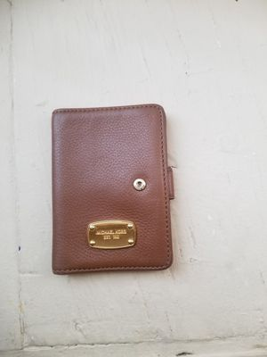 Michael Kors wallet for Sale in New Haven, CT