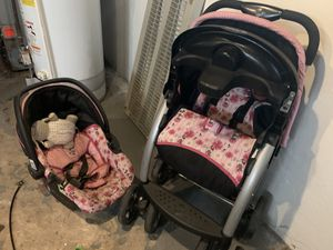 Stroller and car seat combo for Sale in Lansdowne, PA