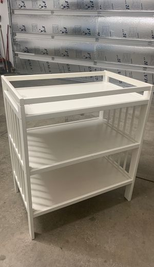Diaper changing Table for Sale in Noblestown, PA