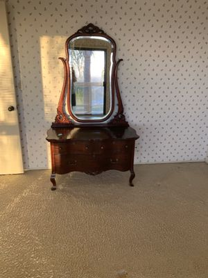 Antique Victorian dresser with mirror for Sale in Irvine, CA