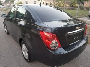 2014 Chevy sonic for Sale in Coral Gables, FL