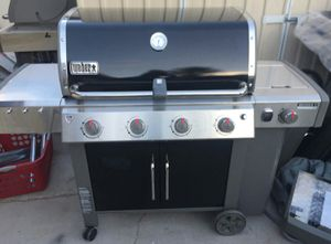Weber Genesis II E440 LP Propane Gas Grill BBQ Barbecue unused newly assembled for Sale in Las Vegas, NV