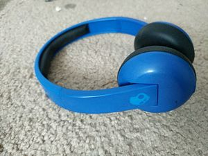 Skull Candy Bluetooth wireless headphones for Sale in Ashburn, VA