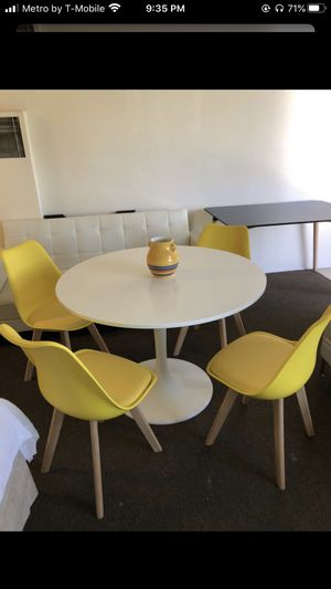Dining Set for Sale in Vernon, CA