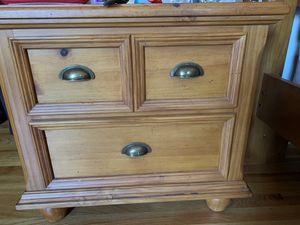 Wooden bedroom set for Sale in Crofton, MD