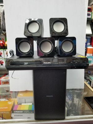 QUALITY SURROUND SOUND BLURAY 3D HOME THEATER SYSTEM WITH SUBWOOFER BY PHILLIPS for Sale in Los Angeles, CA