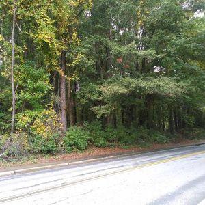 LOT BEHIND RIVERDALE HS - $10,000 for Sale in Riverdale, GA