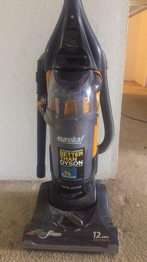 Eureka vacuum for Sale in Greenville, SC