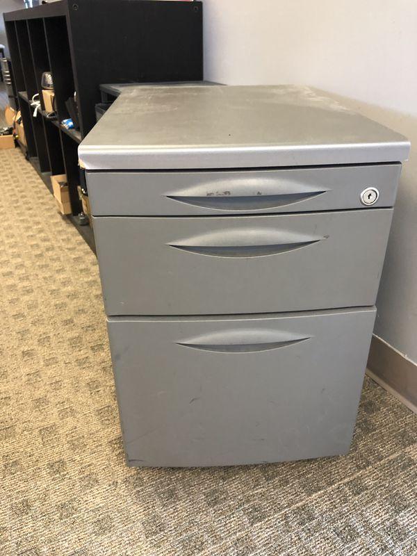 Desk drawer filing cabinet