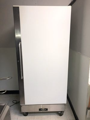 Arctic Air Freezer for Sale in Pittsburgh, PA