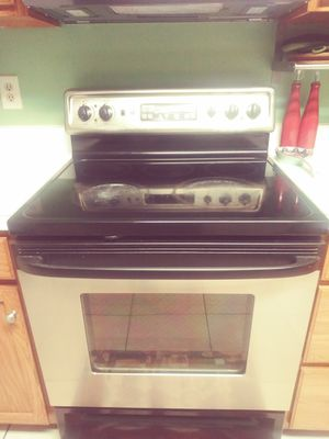 Stainless steel glass top stove for Sale in Manassas Park, VA