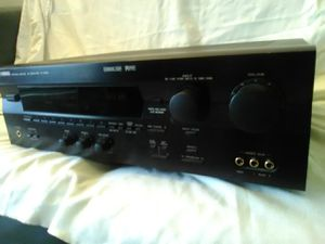 Yamaha R-V905 5.1 Home Theater Stereo Receiver 350 Watts for Sale in Lansing, IL