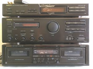 ONKYO STEREO SYSTEM for Sale in Fresno, CA