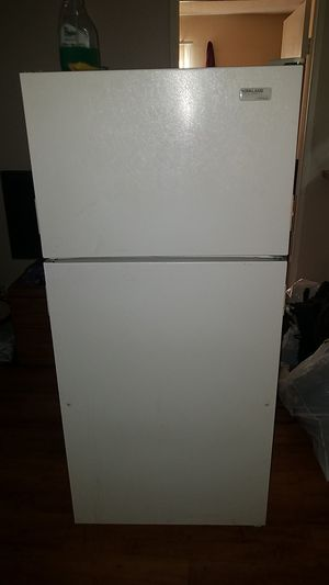 Refrigerator for Sale in Pacoima, CA