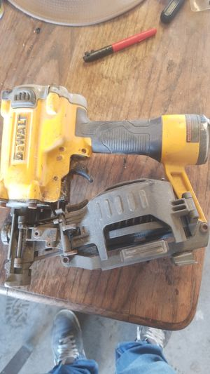 De walt roofing nail gun for Sale in Selma, CA