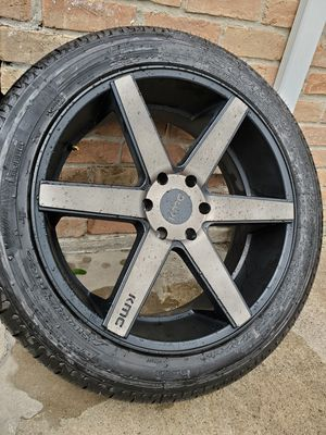 """22"""" KMC With Pirelli Tires 6 Lug Chevy for Sale in Humble, TX"""
