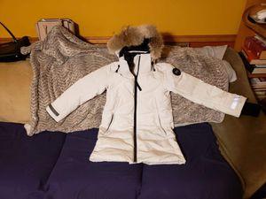 Canada goose winter coat for Sale in Chicago, IL
