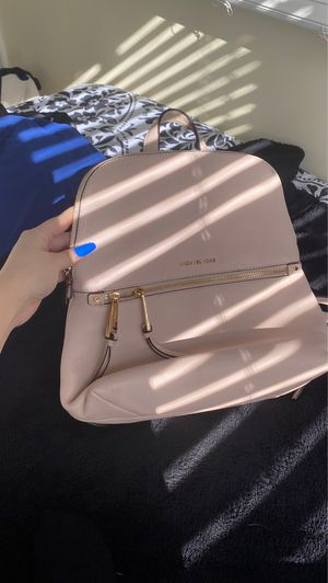 Michael Kors Bag for Sale in Severn, MD