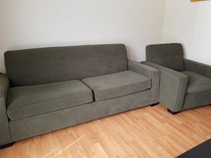 Nice Couch & Chair Set for Sale in Richmond, CA