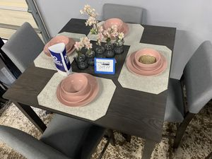Grey 5- piece dining table set with 4 dining chairs included for Sale in Bell Gardens, CA