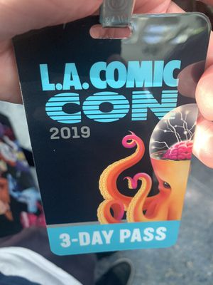 Sunday La comic con badge ticket for Sale in San Jose, CA