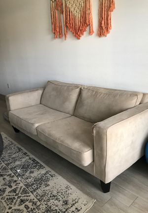 Beige Comfy Couch for Sale in Denver, CO