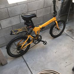 Folding Bike Durban Jump 20 Inches for Sale in Maywood,  CA