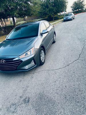 Hyundai elantra 2019 clean title for Sale in San Antonio, TX