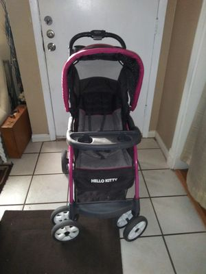 Hello kitty baby trend for Sale in Farmers Branch, TX