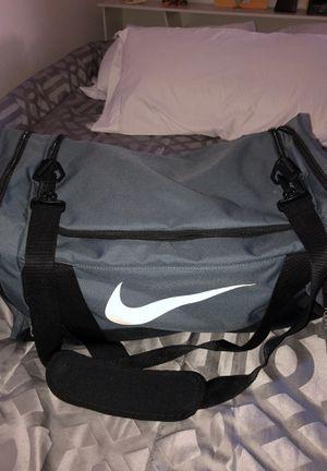 Like new nike duffle bag for Sale in Fresno, CA
