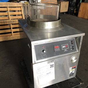BKI BLF-F Electric Fryer for Sale in Stratford, CT