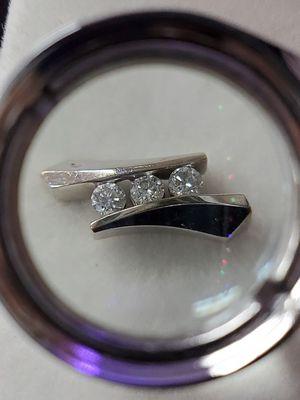 14 kt White Gold Diamond Stud Earrings for Sale in Seymour, CT