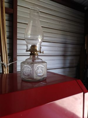 Kerosene lamp for Sale in Coupland, TX