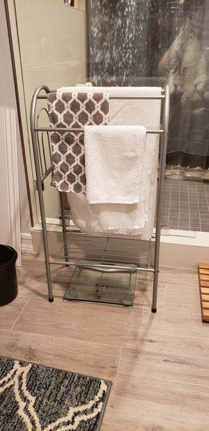 Sturdy metal towel rack and vanity bathroom storage unit in one! for Sale in Los Angeles, CA
