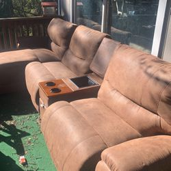 Lazy boy Set for Sale in Oakland,  CA