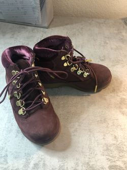 Dark purple Toddler size 11 Timberland Boots for Sale in Pflugerville,  TX