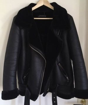 Leather jacket for Sale in Westchase, FL