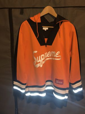 Suprem Jersey sz M for Sale in New York, NY