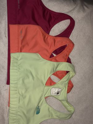 Sports bra north face and Nike for Sale in Boston, MA