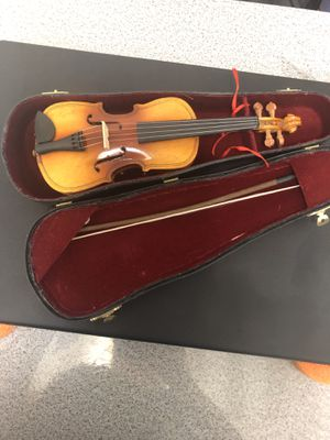 Strad Mini Violin for Sale in Los Angeles, CA