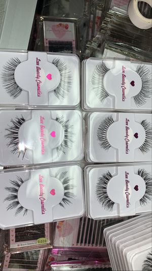 Lashes falsies for Sale in Fontana, CA