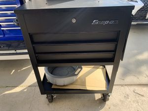 Snap on roll cart tool box for Sale in Montclair, CA