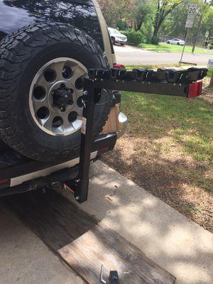 Maxxhaul 70210 4-bike hitch rack for Sale in Georgetown, TX